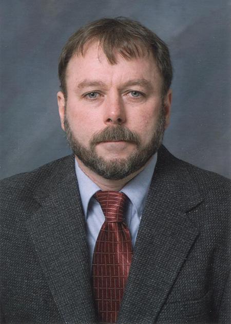Photo of Dr. Brad Reuhs